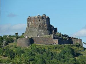Le château de Murol, visite dans le Puy-de-Dôme