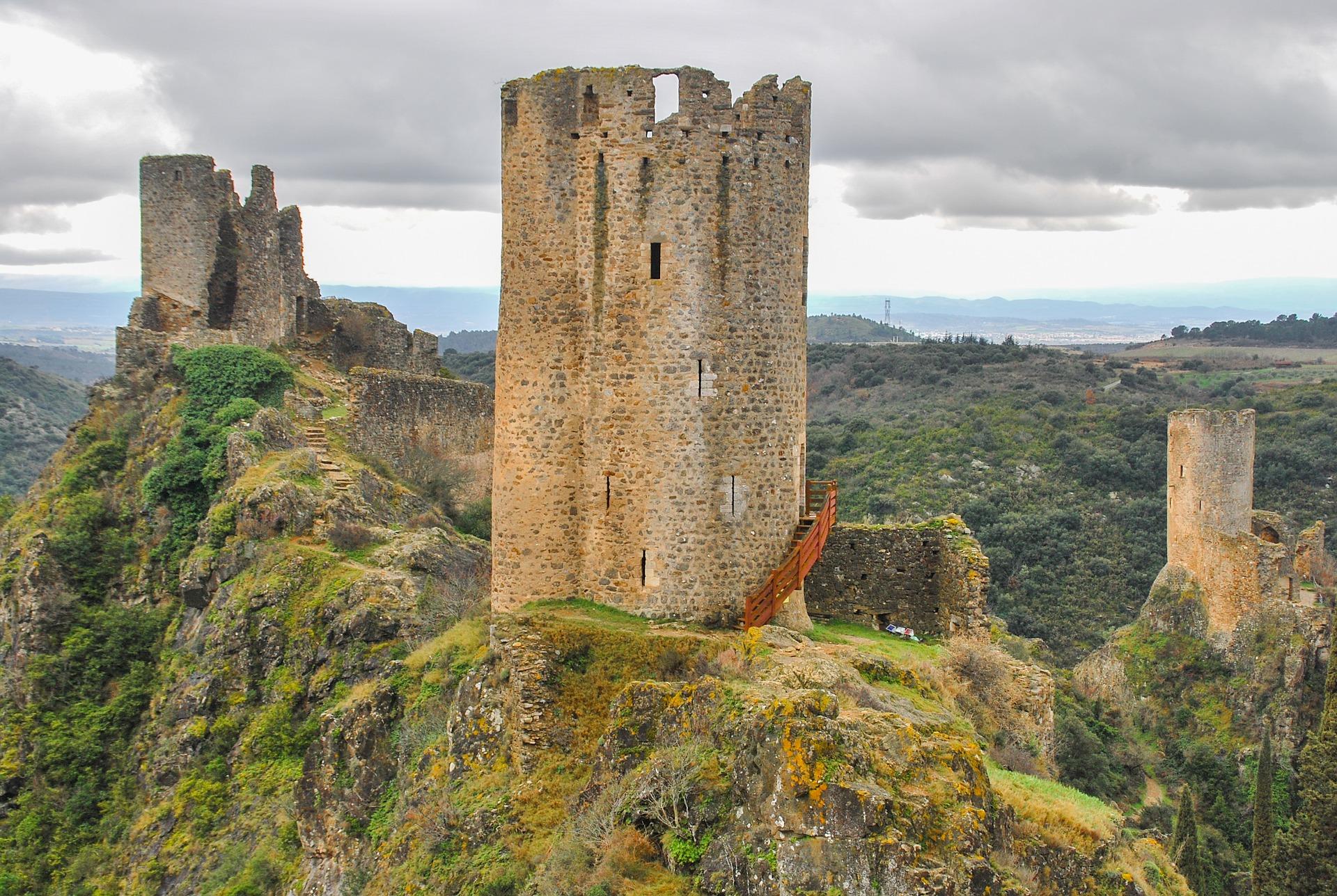 Les châteaux de Lastours, visite dans l'Aude